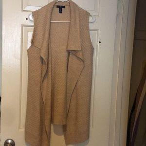 Knitted sleeveless cardigan